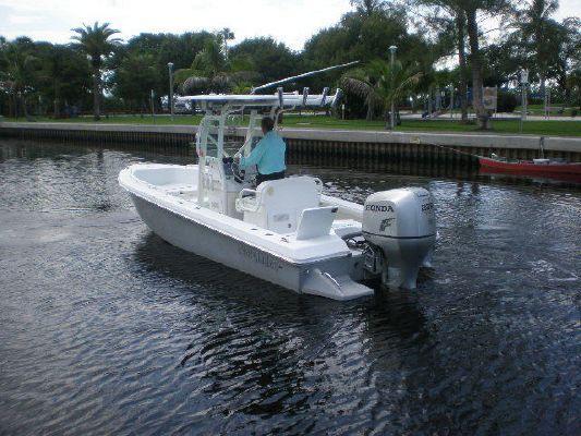 2008 everglades boats 223 cc  9 2008 EVERGLADES BOATS 223 CC