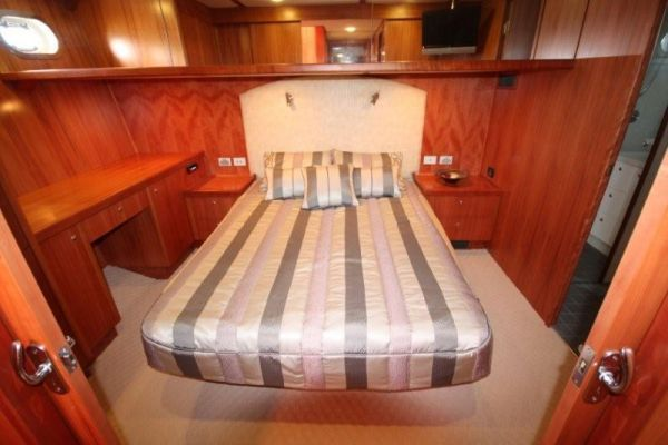 High Seas Explorer Motor Yacht 2008 Motor Boats