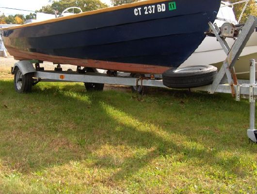 2008 HOLBY MARINE Bristol Skiff 17 - Boats Yachts for sale