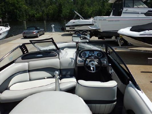 Malibu SKI SERIES RESPONSE LXI 2008 Malibu Boats for Sale