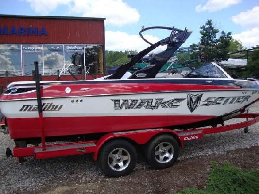 remote control boats petrol with 2008 Malibu Wakesetter 23 Lsv on Showthread further Rc Boat together with Rocket Racing Mono 1111 Copy furthermore Genesis Catamaran Bare Hull Ready To Rig together with Watch.