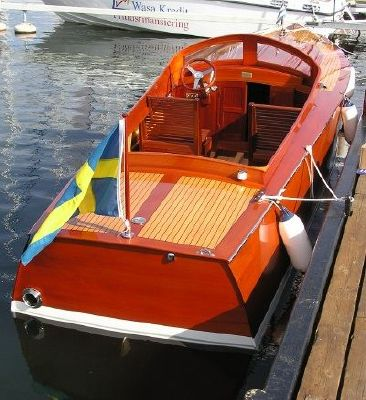 8 Stockholms Batsnickeri Custom runabout from a 1925 design 2008 All Boats