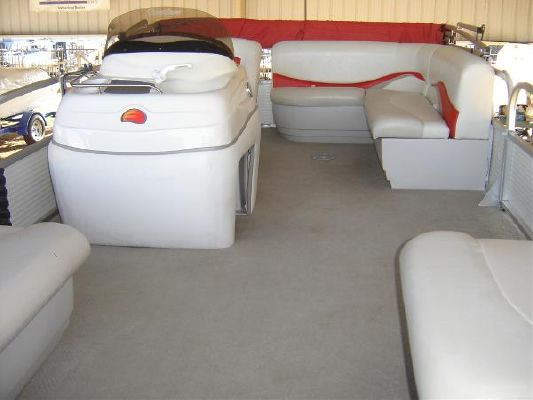 Sun Tracker PARTY BARGE 18 Signature Series 2008 Sun Tracker Boats for Sale