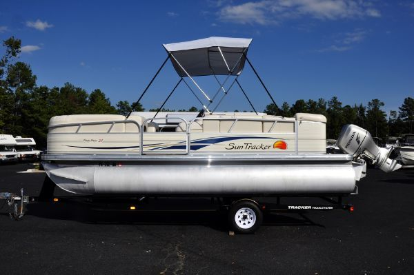Boats for Sale & Yachts Sun Tracker PARTY BARGE 21 Signature Series 2008 Sun Tracker Boats for Sale