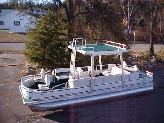 Tahoe Pontoon 24 SWIM ROOF 2008 Pontoon Boats for Sale