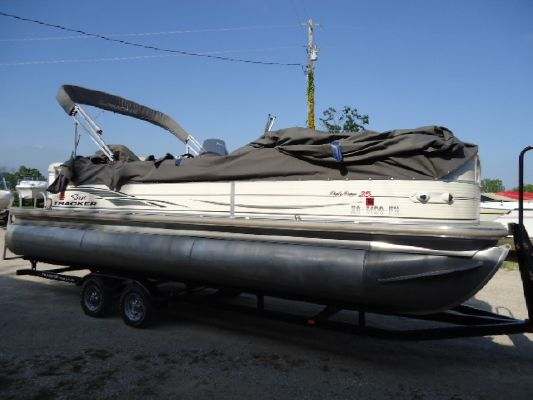 Boats for Sale & Yachts Tracker 25 Party barge Tri 2008 Sun Tracker Boats for Sale