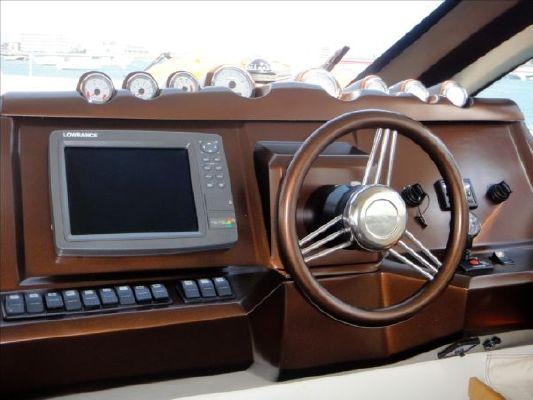 2009 aqualum motor yacht  12 2009 Aqualum Motor Yacht