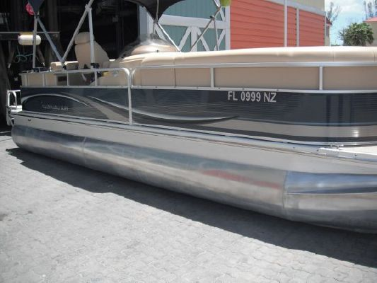 Bennington 2275RLi 2009 Bennington Pontoon Boats for Sale