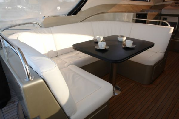 2009 blubay yachts tender cat 45  5 2009 Blubay Yachts Tender Cat 45