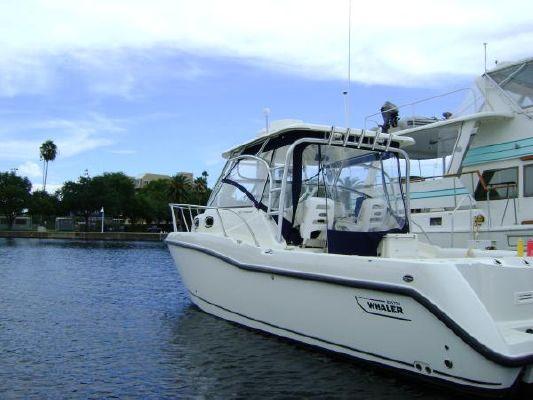 Boston Whaler Conquest 305 2009 Boston Whaler Boats