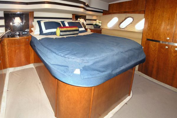 Cruisers Yachts 520 Sports Coupe. 2009 Cruisers yachts for Sale