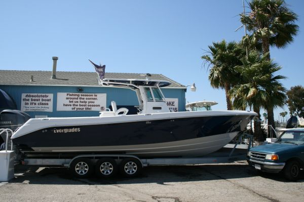 Everglades 320CC 2009 Everglades Boats for Sale