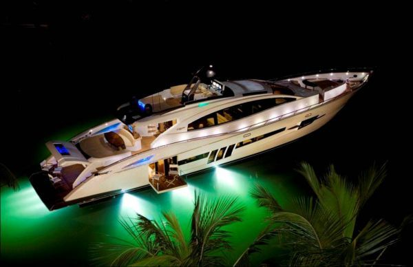 Lazzara LSX 92 2009 All Boats