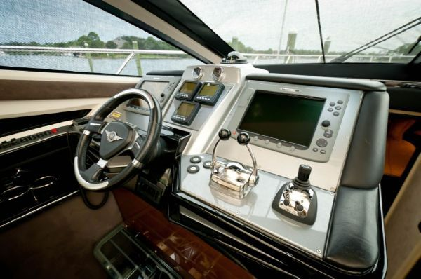 Marquis Sport Coupe 2009 All Boats