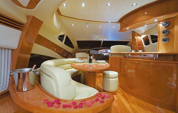 NEW Aicon 56 Fly 2009 All Boats