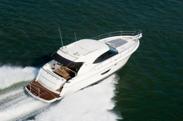 Riviera 4400 2009 Riviera Boats for Sale