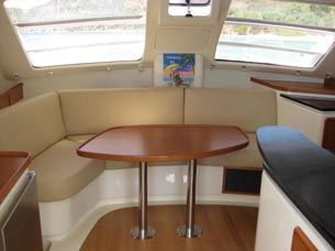 Robertson and Caine Leopard 40 Owner Version 2009 All Boats