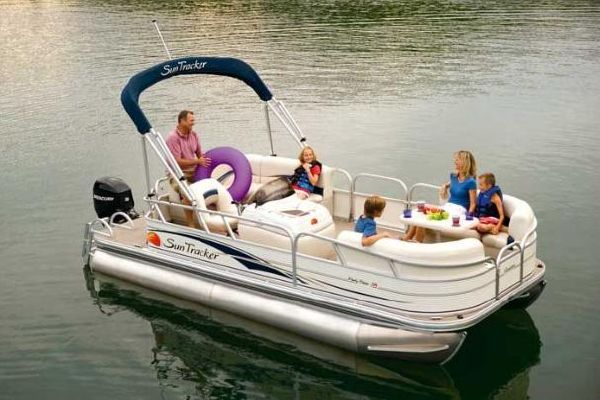 sun tracker party barge  signature series boats yachts  sale