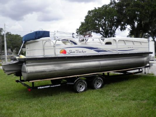Boats for Sale & Yachts SUNTRACKER Party Barge 24 2009 Sun Tracker Boats for Sale