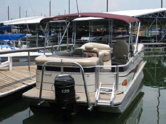 Tracker Party Barge Regency 22 2009 Sun Tracker Boats for Sale