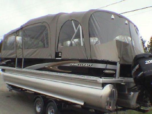 Boats for Sale & Yachts PORT FISHER Princecraft PONTOON Vantage 24 SF 2010 24' Pontoon Boats for Sale