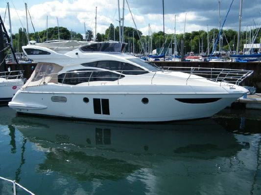 Azimut 38 2010 Azimut Yachts for Sale