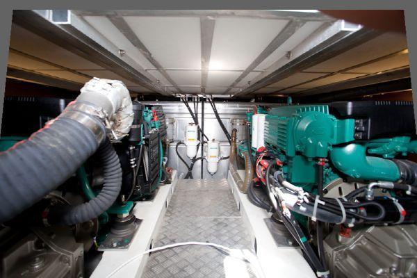 2010 beneteau swift trawler 42  32 2010 Beneteau Swift Trawler 42