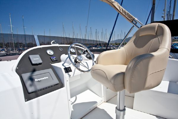 2010 beneteau swift trawler 42  34 2010 Beneteau Swift Trawler 42