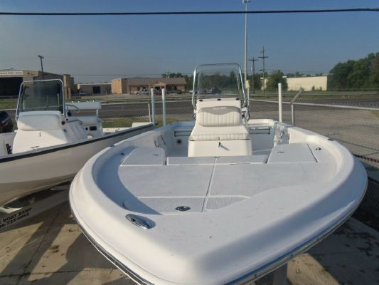 Blue Wave 2400 PURE BAY 2010 All Boats