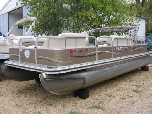 2010 crestliner 2185 angler pontoon  1 2010 Crestliner 2185 Angler Pontoon
