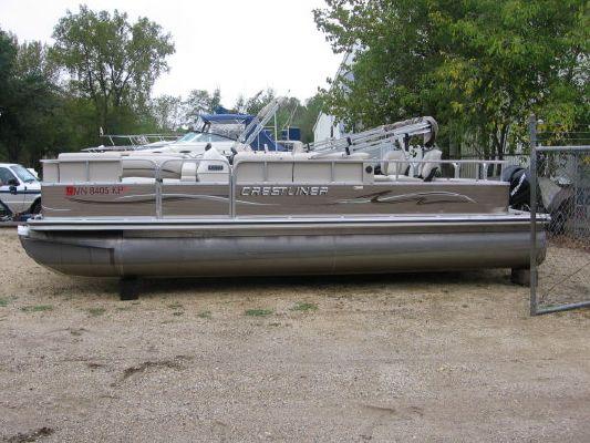 2010 crestliner 2185 angler pontoon  6 2010 Crestliner 2185 Angler Pontoon