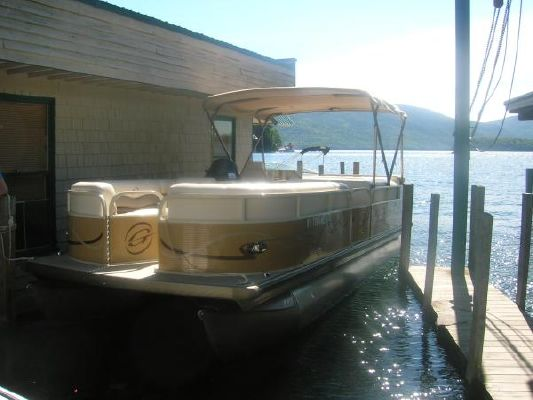 Grumman 23 Pontoon 2010 Pontoon Boats for Sale