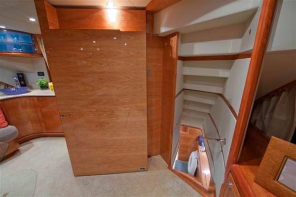 Holland Yachts Flybridge 2010 Flybridge Boats for Sale