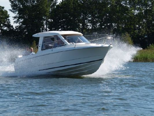 Jeanneau Merry Fisher 645 with engine 2010 Jeanneau Boats for Sale