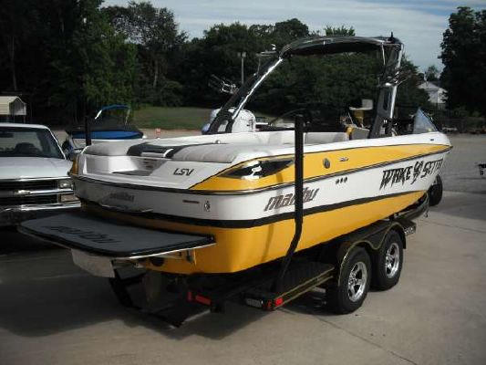 Malibu 23 LSV WAKESETTER 2010 Malibu Boats for Sale