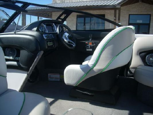 Malibu LSV Wakesetter 23' 2010 Malibu Boats for Sale