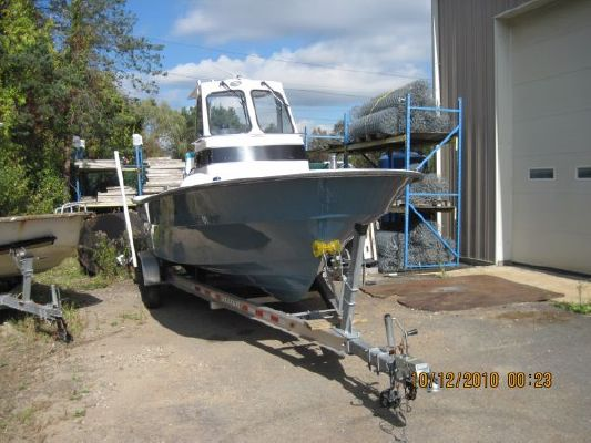 Maritime Patriot Center Console 2010 Skiff Boats for Sale