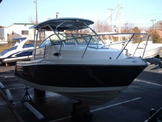 Robalo 245 WA Cuddy 2010 Robalo Boats for Sale
