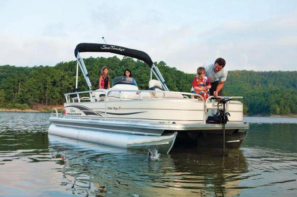 Boats for Sale & Yachts Sun Tracker FISHIN' BARGE 21 Signature Series 2010 Sun Tracker Boats for Sale