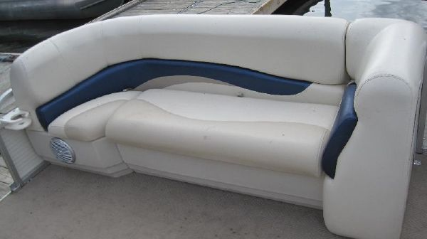 Boats for Sale & Yachts Sun Tracker Party Barge 21 2010 Sun Tracker Boats for Sale