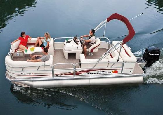 Sun Tracker PARTY BARGE 21 Signature Series 2010 Sun Tracker Boats for Sale