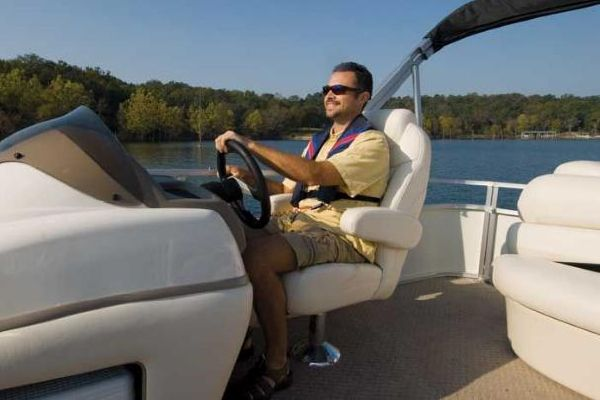 Sun Tracker PARTY BARGE 22 Sport Fish Regency Edition 2010 Sun Tracker Boats for Sale