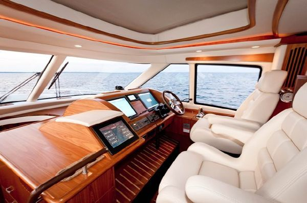 Tiara 5800 Sovran ~ TRMB 2010 All Boats