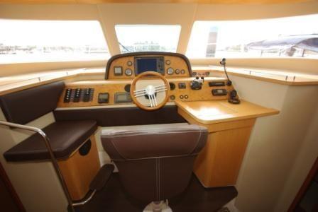 2010 trawler summerland 40  4 2010 Trawler Summerland 40