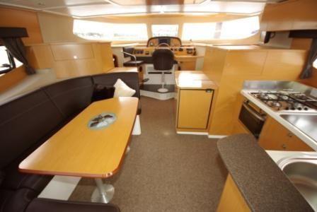 2010 trawler summerland 40  7 2010 Trawler Summerland 40