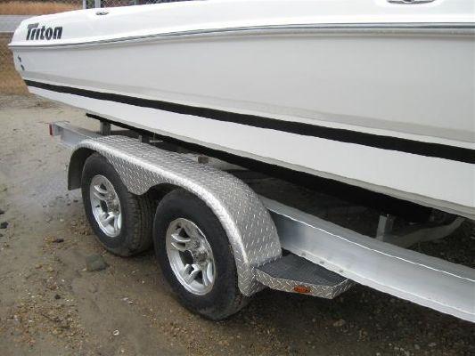 TRITON BOATS 240 LTS Pro 2010 Triton Boats for Sale