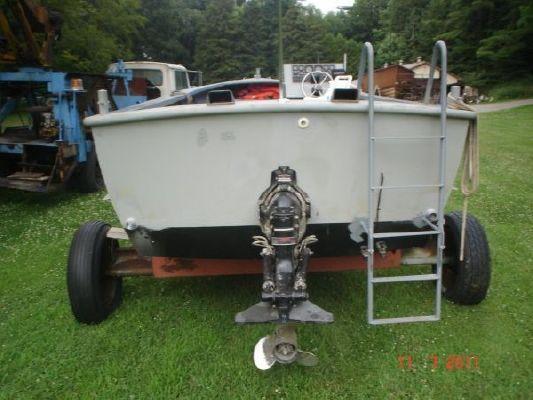 x 8.5' Steel Work Boat /Wheelhouse optional 2011 2011 27' All Boats