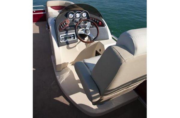 Aqua Patio 240 SL 2011 All Boats
