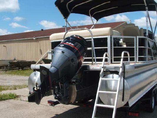 Aqua Patio AP 240 Aft Deck 4 2011 All Boats