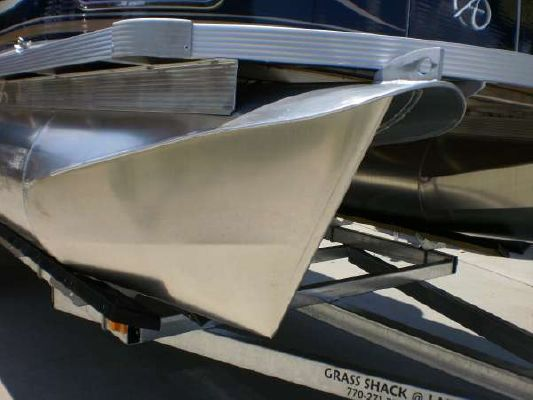 Avalon 21 ft. LS 2011 All Boats